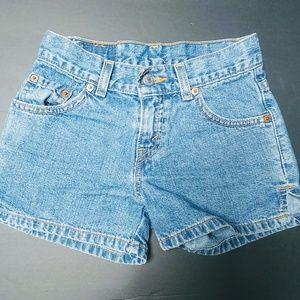 Girls vintage Levi shorts